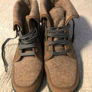 Chaco Boots Size 9